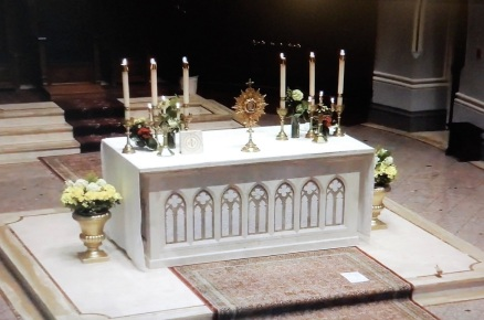 Vespers altar: Holy Rosary Cathedral - Vancouver, Canada